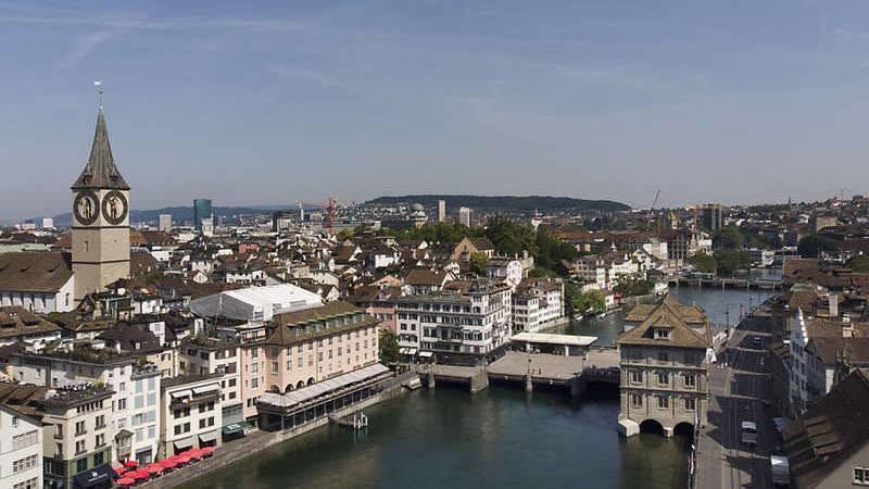 Casos de COVID-19 aumentaram de 40% num só dia em Zurique