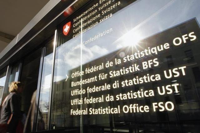 Entradas de portugueses na Suíça atinge valor mais baixo dos últimos 15 anos