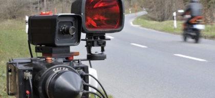 Emigrante detetado a 75 km/h numa rua limitada a 30 km/h