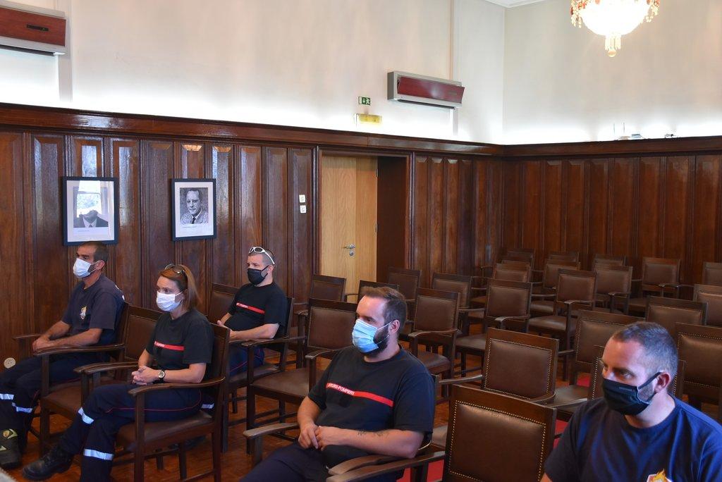 Bombeiros suíços voltam a ajudar colegas portugueses