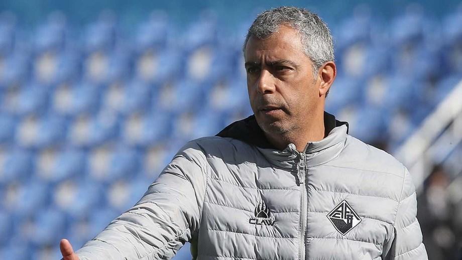 Futebol: João Carlos Pereira vai treinar o Grasshopper