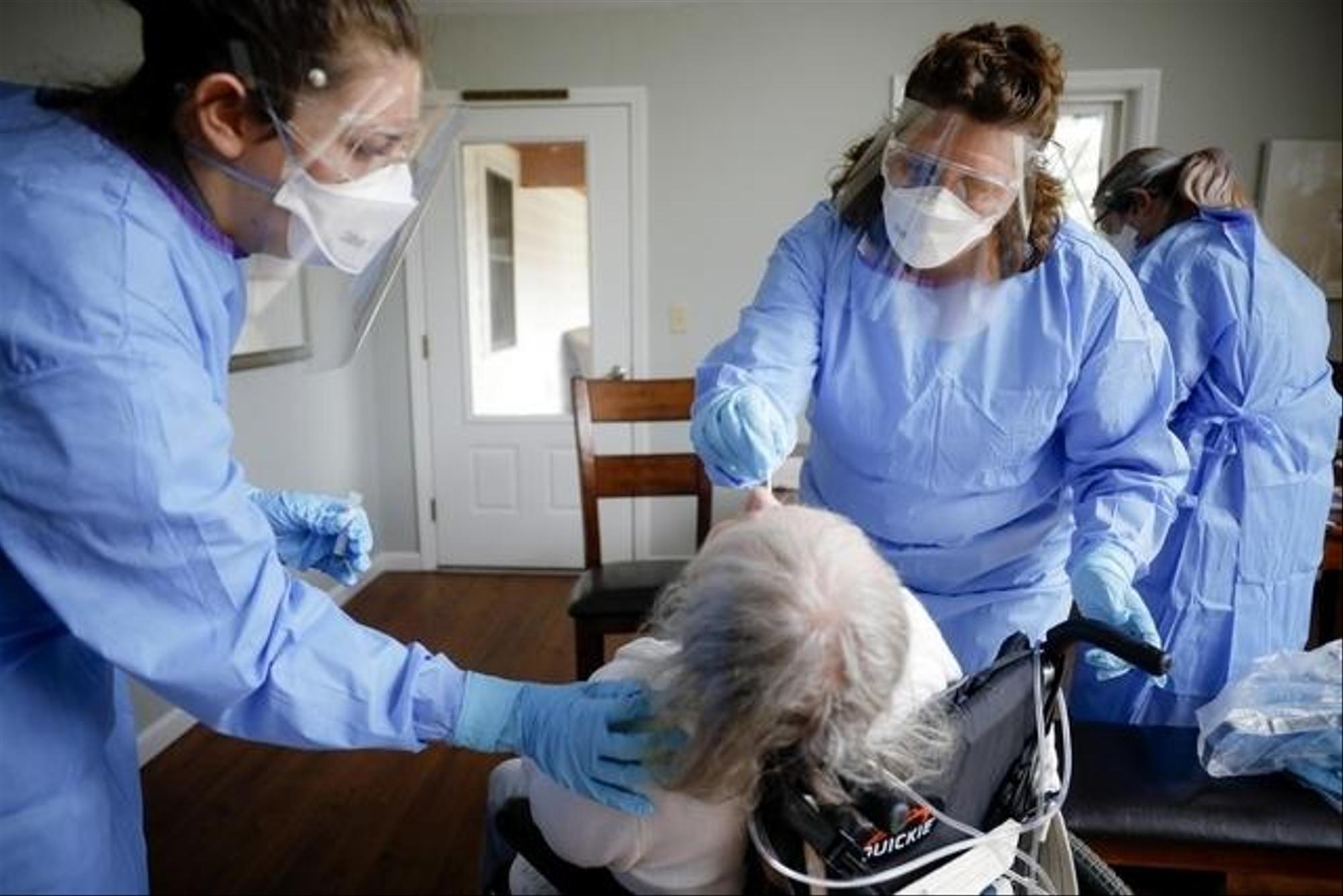 Covid-19: Suíça regista novo recorde com 6.634 novos casos em 24 horas