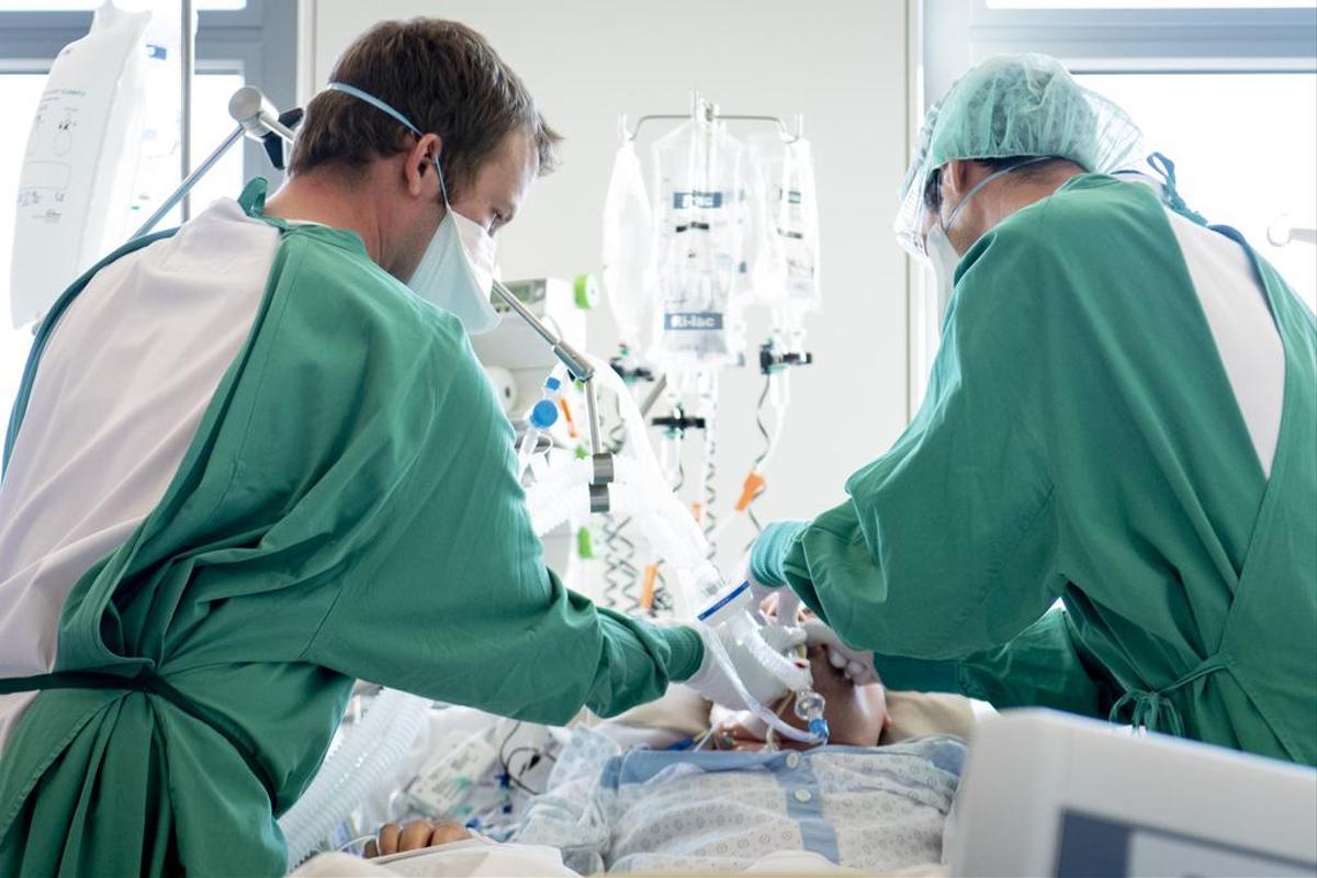 Covid-19: Casos na Suíça continuam a aumentar