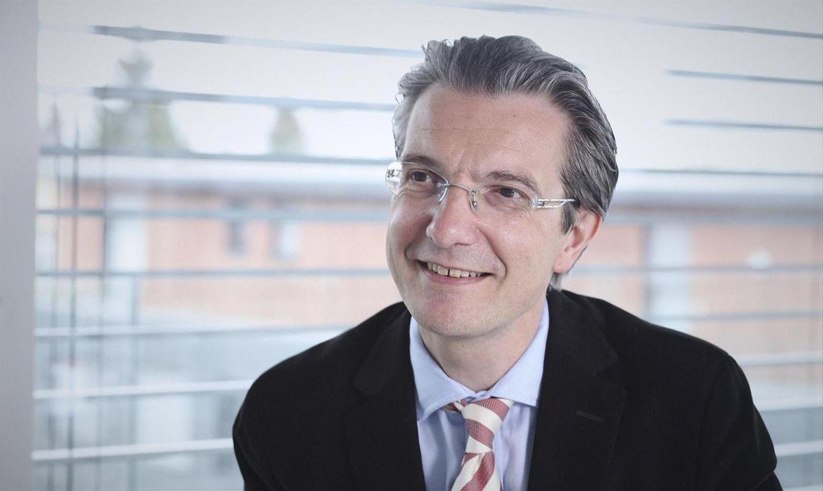 Covid-19: Economista suíço apela a sanções contra cépticos