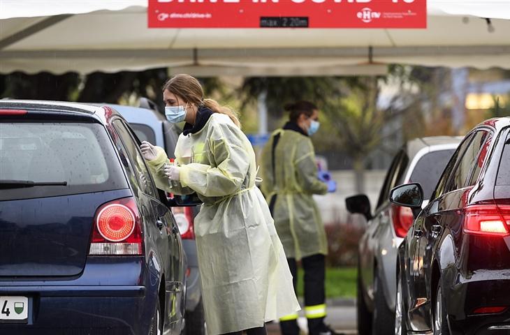 Covid-19: Suíça regista 9.409 novos casos nas últimas 24 horas