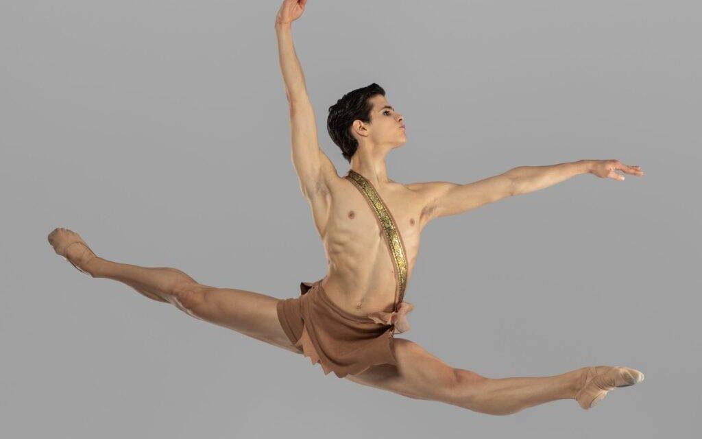 Prix de Lausanne: Bailarino António Casalinho vence competição internacional