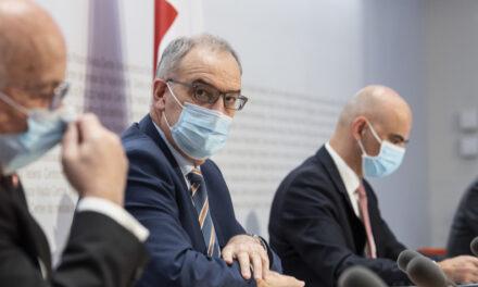 Covid-19: Conselho Federal anuncia plano de flexibilização